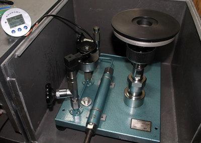 活塞壓力計標定系統